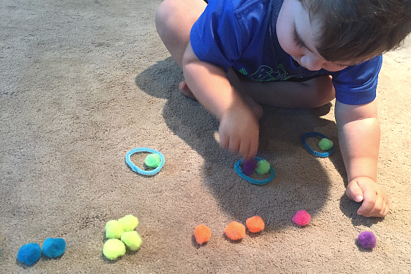 Play Plan: Simple Sorting Toddler Activity